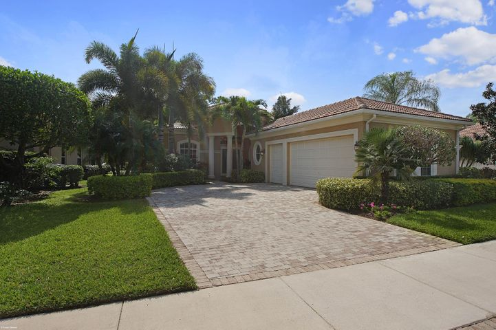 208 Porto Vecchio Way, Palm Beach Gardens, FL 33418