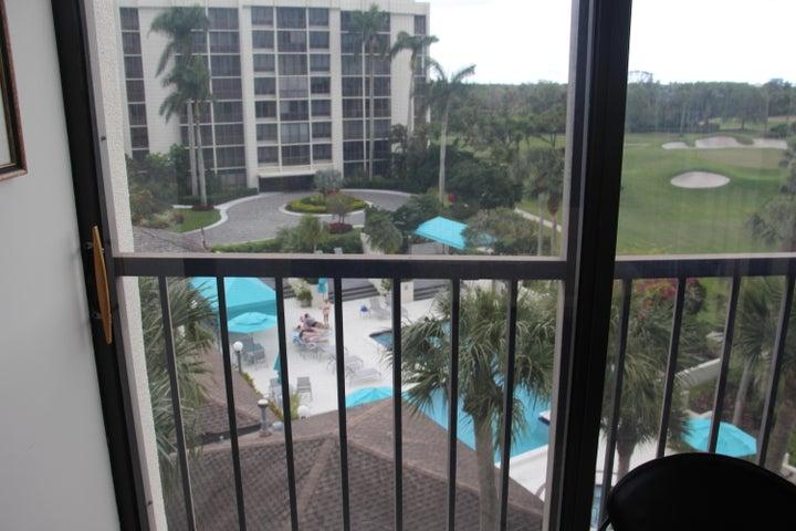 6805 Willow Wood Drive 5051, Boca Raton, FL 33434