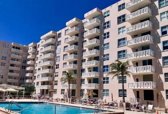 3450 S Ocean Boulevard 2030, Palm Beach, FL 33480