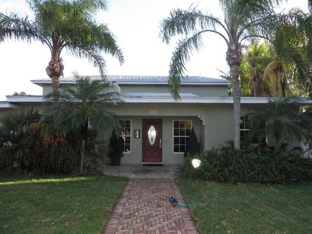 525 NW 7th Street, Dania Beach, FL 33004