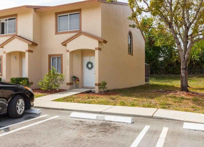 1808 Lakeview Drive W, Royal Palm Beach, FL 33411