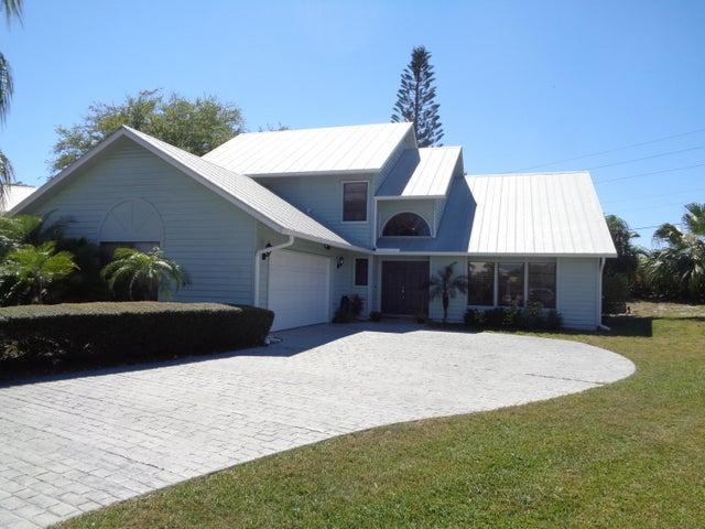 10720 SE Jupiter Narrows Drive, Hobe Sound, FL 33455