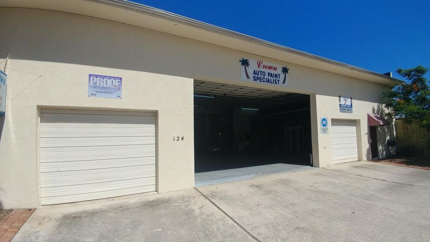 124 S H Street, Lake Worth, FL 33460