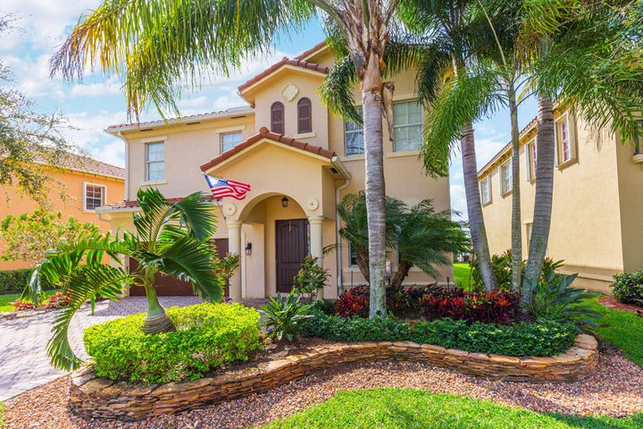 10626 Willow Oak Court, Wellington, FL 33414