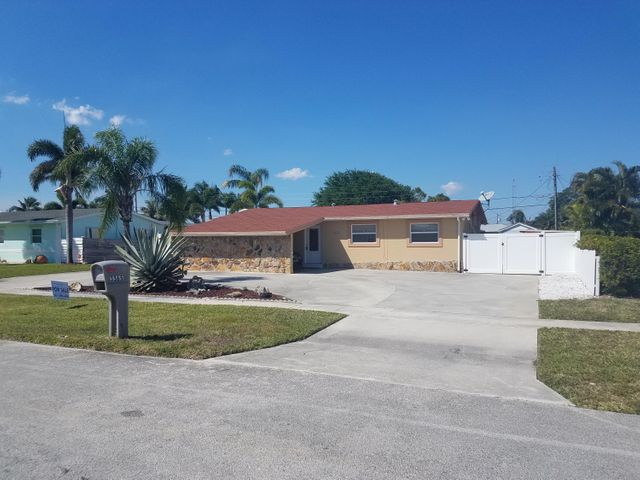 3365 Taconic Drive, West Palm Beach, FL 33406