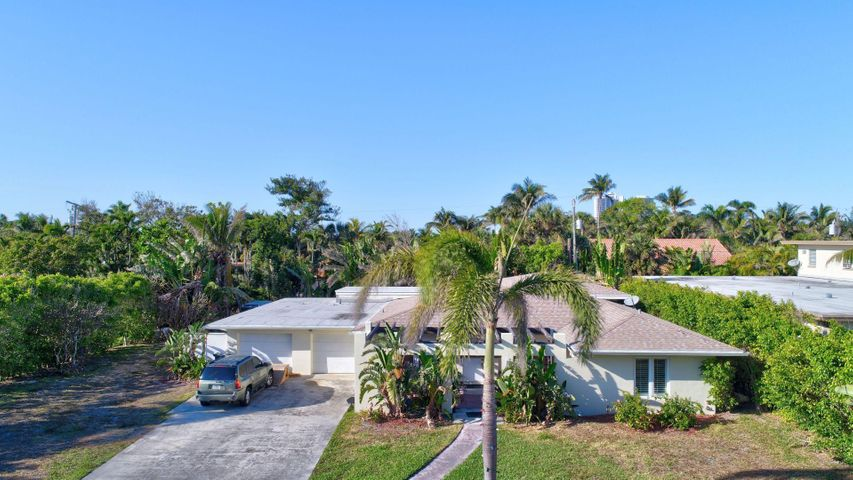 315 Inlet Way, Palm Beach Shores, FL 33404