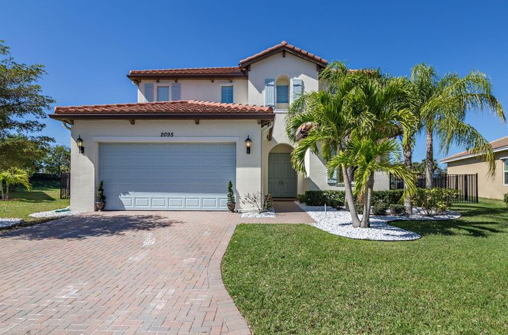 2095 Belcara Court, Royal Palm Beach, FL 33411