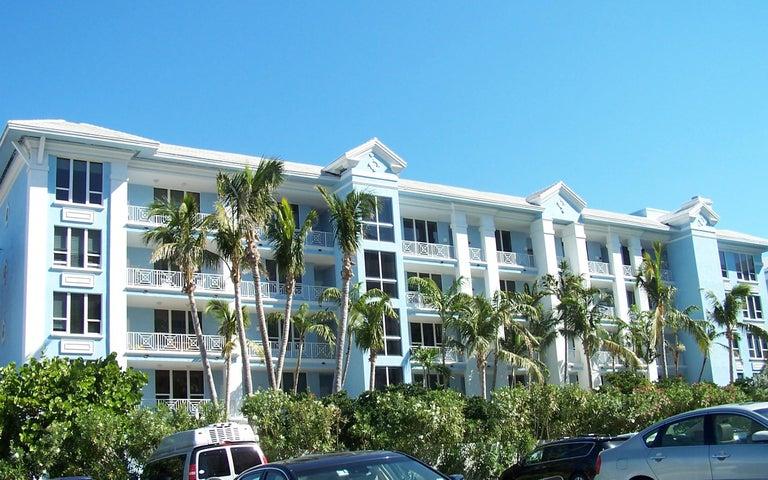 701 SE 21st Avenue 203, Deerfield Beach, FL 33441
