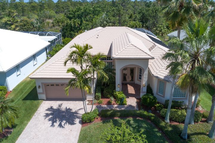 2215 SE Stonehaven Road, Port Saint Lucie, FL 34952
