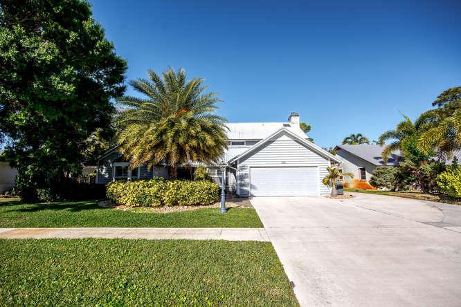 602 Greenwood Drive, Jupiter, FL 33458