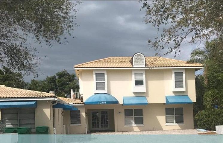 1200 Surf Road, Riviera Beach, FL 33404