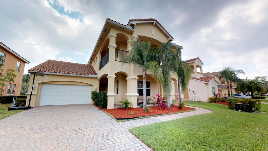 491 Cresta Circle, West Palm Beach, FL 33413