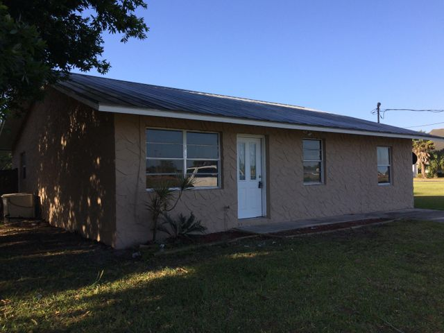 644 NW 23rd Lane, Okeechobee, FL 34972