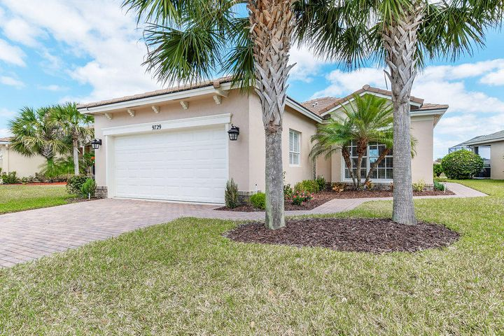 9729 SW Eastbrook Circle, Port Saint Lucie, FL 34987