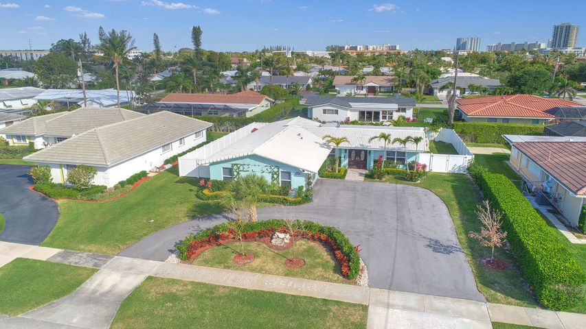 107 Dory Road N, North Palm Beach, FL 33408