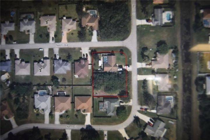 2374 SW Kent Circle, Port Saint Lucie, FL 34953