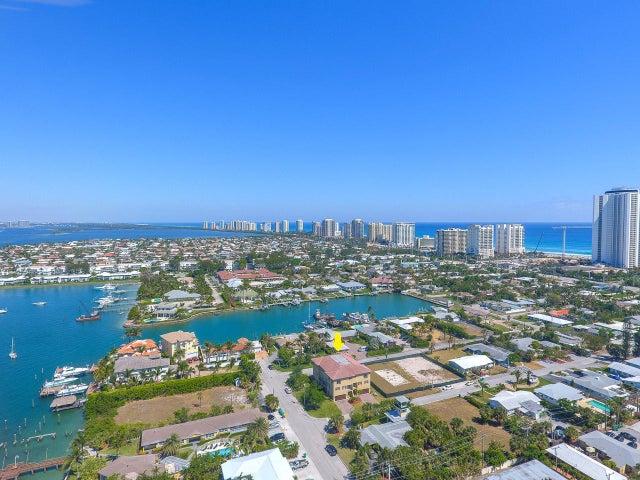 1103 Cabana Road, Singer Island, FL 33404