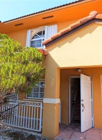 7932 W 34th Lane 201-38, Hialeah, FL 33018