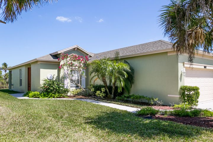 9802 SW Eastbrook Circle, Port Saint Lucie, FL 34987