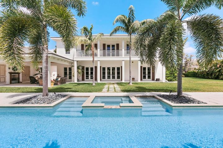 122 Forest Hill Boulevard, West Palm Beach, FL 33405