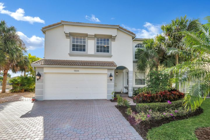 9844 Woolworth Court, Wellington, FL 33414