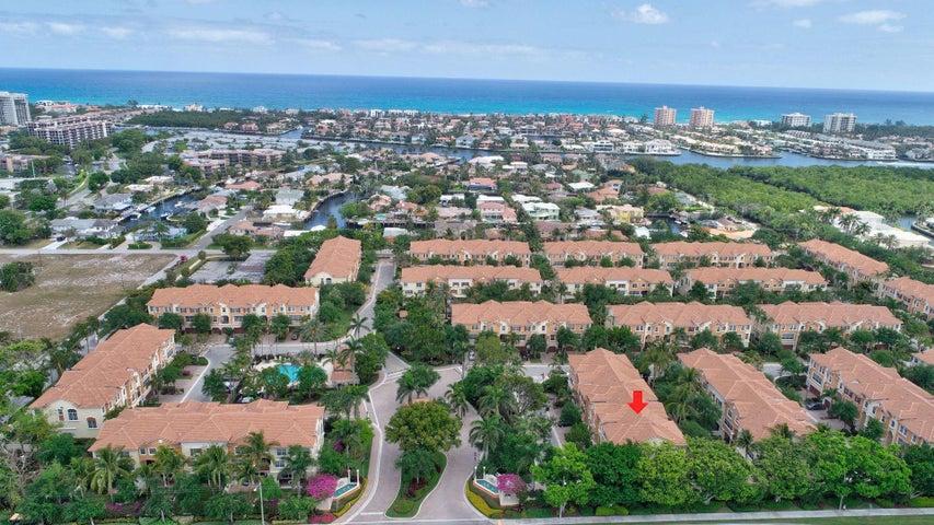 604 NE Venezia Lane, Boca Raton, FL 33487
