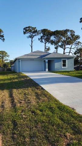 5469 Woodland Drive, Delray Beach, FL 33484
