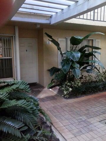 1010 Lake Shore Drive 103, Lake Park, FL 33403