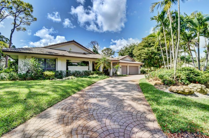 5221 Estates Drive, Delray Beach, FL 33445