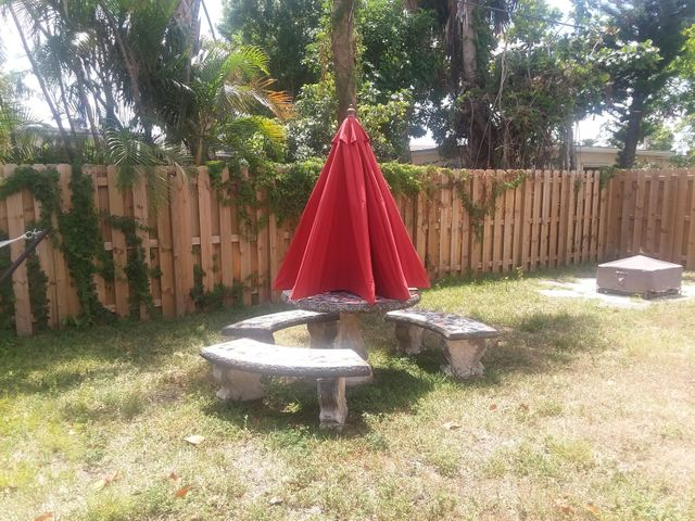 6210 NW 16th Place, Sunrise, FL 33313