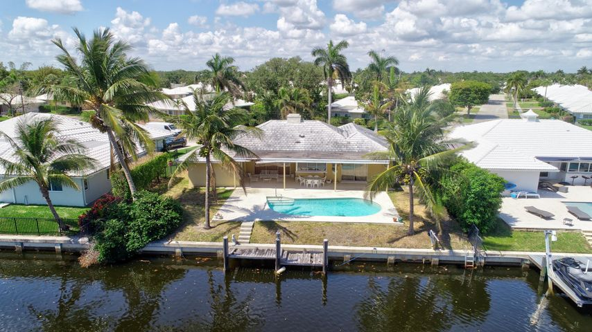 1374 Cypress Way, Boca Raton, FL 33486