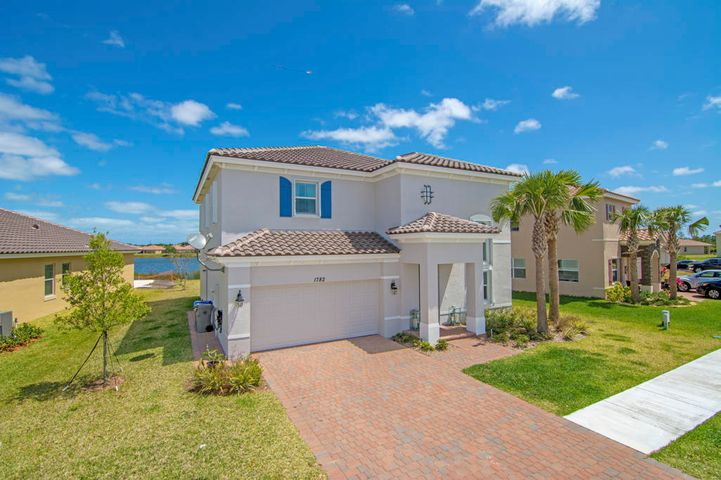 1782 Berkshire Circle SW, Vero Beach, FL 32968