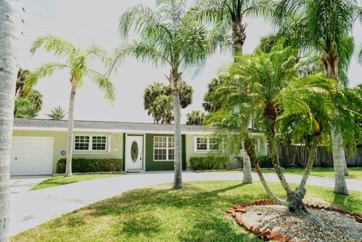 284 E Shadyside Circle, West Palm Beach, FL 33415