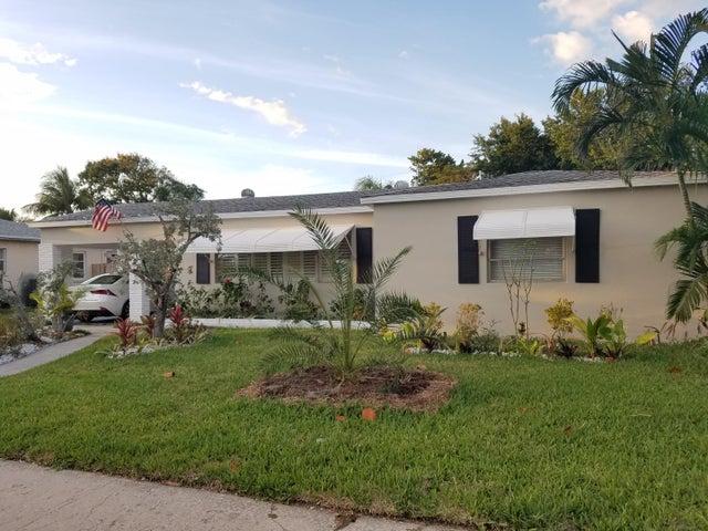 222 Columbia Drive, Lake Worth, FL 33460