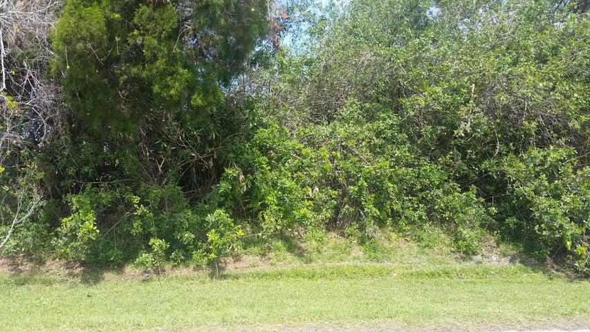 1044 Topsail Lane, Sebastian, FL 32958