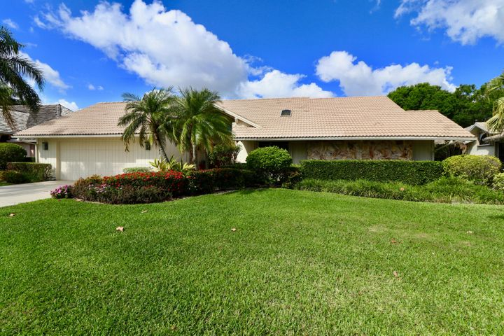 13249 Bonnette Drive, Palm Beach Gardens, FL 33418