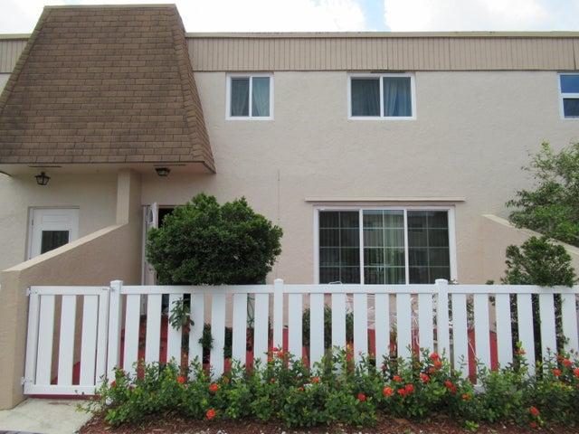 8090 NW 12th Street B11, Margate, FL 33063