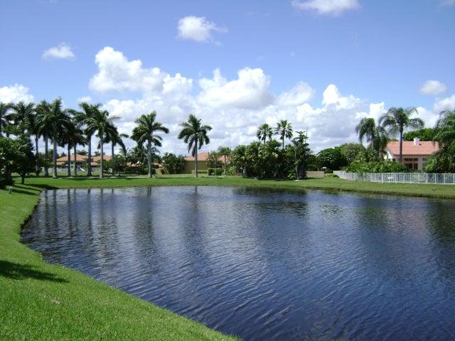 6558 Newport Lake Circle, Boca Raton, FL 33496
