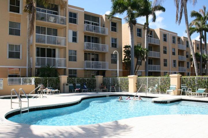 1341 SE 3rd Avenue 303, Dania Beach, FL 33004
