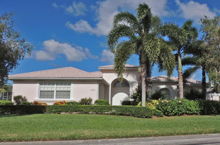 1531 SE Ballantrae Court, Port Saint Lucie, FL 34952