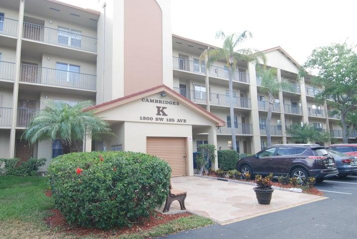 1300 SW 125th Avenue 311k, Pembroke Pines, FL 33027