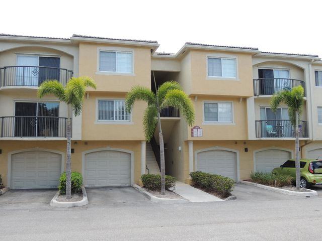 1000 Crestwood Court S 1008, Royal Palm Beach, FL 33411