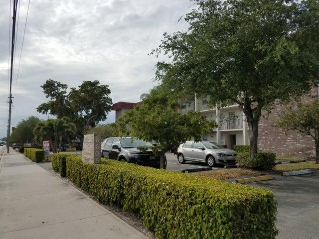 8605 W Sample Road 106, Coral Springs, FL 33065