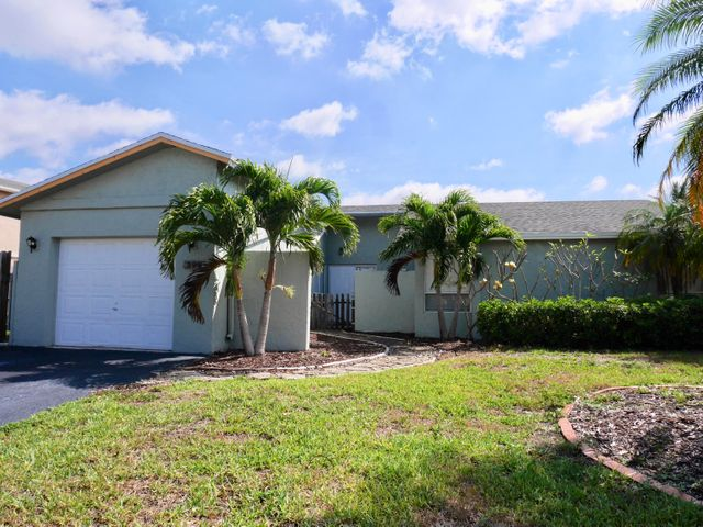 398 NW 41st Avenue, Deerfield Beach, FL 33442