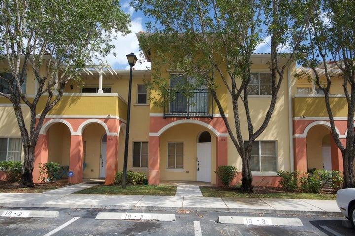 1003 N Santa Catalina Circle, North Lauderdale, FL 33068