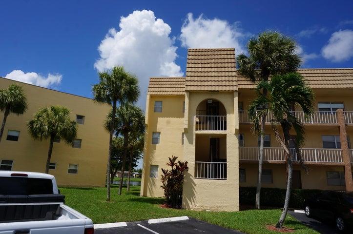 8435 Sunrise Lakes Boulevard 301, Sunrise, FL 33322