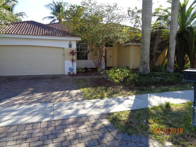2572 Jardin Court, Weston, FL 33327