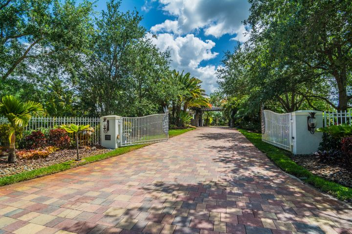 4980 SW 192nd Terrace, Southwest Ranches, FL 33332
