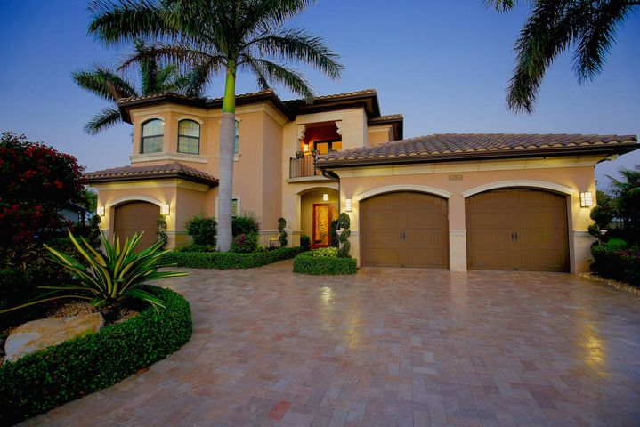 8939 Sydney Harbor Circle, Delray Beach, FL 33446