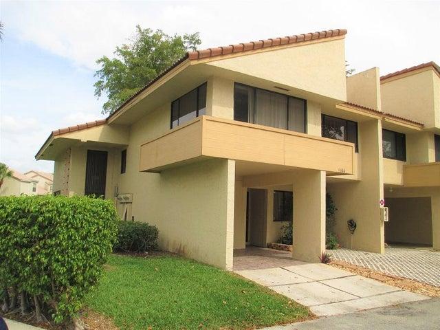 1686 Cypress Pointe Drive, Coral Springs, FL 33071